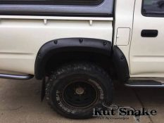 уширители kut snake Toyota Hi-Lux 167 Double cab - 95 mm
