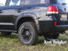 уширители kut snake Toyota Land Cruiser 200 - 50 mm