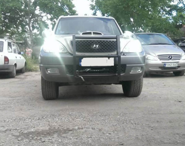 Hyundai-Terracan-1