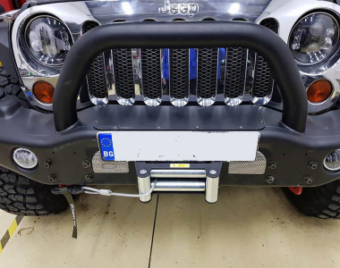 Jeep-Wrangler-JK-Sahara-100-mm-1