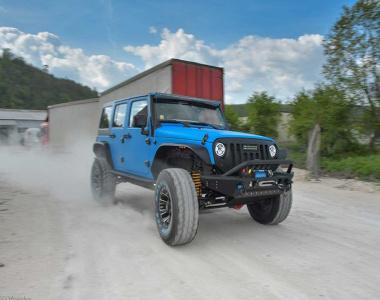Jeep-Wrangler-JK100-mm-14