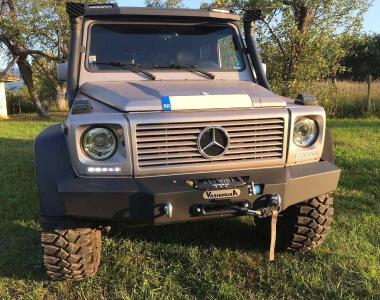 Mercedes-G-500-1