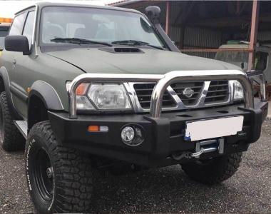 Nissan-Patrol-Y61-2