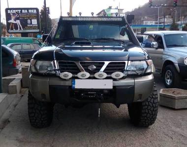 Nissan-Patrol-Y61-4