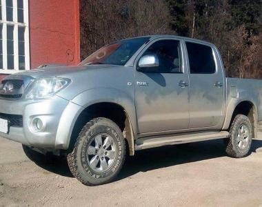 Toyota-Hilux-2005-2
