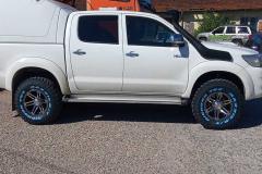 Toyota-Hilux-2015