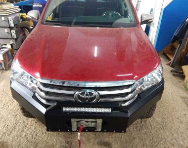 Toyota-Hilux-Revo-2017-2