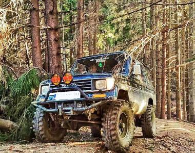 Toyota-Land-Cruiser-782-инча-2