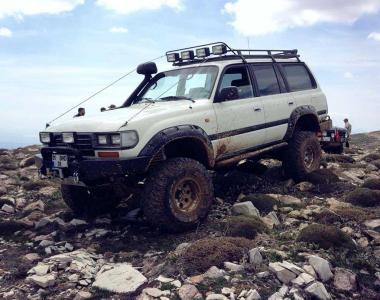 Toyota-Land-Cruiser-HDJ80-15