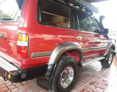 Toyota-Land-Cruiser-HDJ80-7