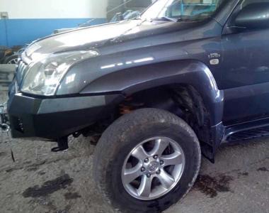 Toyota-Land-Cruiser-Prado-120-02-4