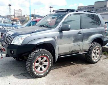 Toyota-Land-Cruiser-Prado-120-Tuning-2